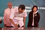 Gubernur NTB meresmikan enam sekolah bantuan media nasional