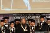 Oscar Motuloh sang Empu Ageng   (bagian I)
