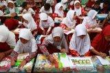 KPPPA semangati anak-anak korban likuefaksi Petobo agar tidak putus asa
