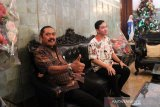 Berlangsung selama 30 menit, pertemuan Gibran dengan Rudyatmo sedikit bincangkan Pilkada 2020