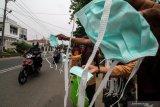 Cegah meningkatnya ispa karena kabut asap, Dharmasraya telah bagikan 17.300 masker