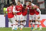 Arsenal gulung Frankfurt