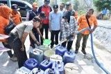 BPBD Sleman droping air bersih ke Prambanan