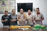 Polisi selidiki pemilik 6.000 detonator selundupan di Parepare