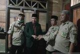 Baznas Kabupaten Solok berikan bantuan perbaikan RTLH untuk guru di Tigo Lurah