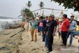 Bupati Hendrajoni Tinjau Abrasi Pantai Di Batang Kapas