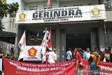 Mulan Jameela ditolak jadi anggota DPR oleh kader Gerindra