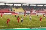 Babak pertama, Kalteng Putra vs PSIS Semarang bermain tanpa gol