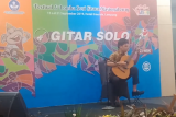 Petikan gitar Yusril antarkan wakil NTB juara festival seni nasional