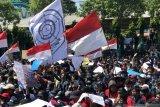 Aksi ribuan mahasiswa di Surabaya tolak RKUHP berlangsung damai