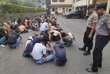 Polisi temukan senjata tajam jenis celurit aksi demo pelajar