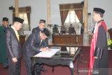 Tiga unsur pimpinan DPRD Sukamara resmi dilantik