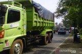 Bekasi akan batasi jam operasional truk tanah