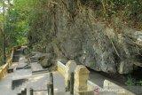 Goa Selarong menambah fasilitas wisata untuk dongkrak kunjungan