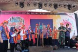Menpar membuka kejuaraan sepeda dan triathlon Tanjung Lesung 2019