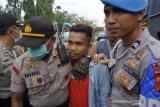 Polisi bebaskan empat orang yang diamankan dalam demonstrasi depan DPRD