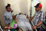 23 orang meninggal dan ratusan luka-luka akibat gempa Ambon