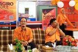 Kantor Pos Padang luncurkan aplikasi Pos Giro Mobile (PGM) mudahkan transaksi keuangan