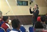 Ade Rai ajak warga Kupang terapkan pola hidup sehat