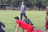 Edson Tavares resmi latih Persija