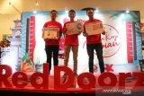 Tiga anak milenial ini akan jelajahi Indonesia sebagai