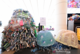 Jalan panjang  melawan sampah plastik