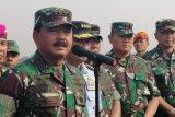 TNI membantu evakuasi ribuan warga pendatang dari Wamena