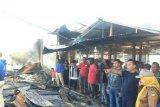 Kapolda Sulbar bantu korban kebakaran Pasar Tasiu Mamuju