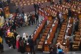 DPR selesaikan pembahasan 91 RUU jadi UU