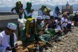 Do'a dan dzikir bersama di bekas kawasan tsunami