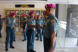 Lima anggota Brigif-4 BS Marinir sandang pangkat pewira menengah