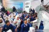 PLN Mengajar  perkenalkan sistem kerja kepada siswa SD