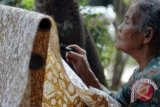 LKY minta penjual menjelaskan keaslian batik kepada konsumen