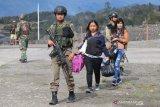 Ketakutan pada kelompok kriminal bersenjata mendorong warga mengungsi dari Ilaga