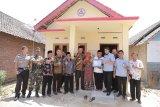 Semen Gresik bangun 12 rumah layak huni warga Rembang dan Blora