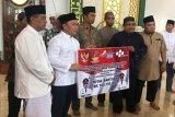 Gubernur serahkan bansos untuk masyarakat Sukamara