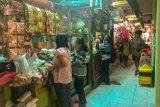 Pedagang kerja bakti membersihkan pasar meriahkan HUT Kota Yogyakarta
