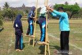 Pengunjung Borobudur dikenalkan berbagai permainan tradisional