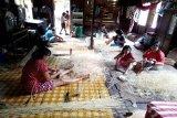 Kerajinan anyaman rotan Tambaba dipasarkan sampai Bali