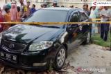 Warga Pekanbaru dihebohkan penemuan mayat dalam mobil