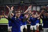 Prancis amankan langkah ke  perempat final