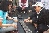 Mendikbud: lestarikan permainan tradisional