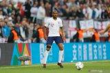 Fabian Delph absen perkuat Inggris karena cedera