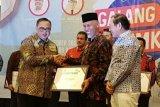Berhasil kembangkan UMKM, Padang terima penghargaan Natamukti