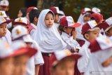 Rudenim minta Disdik Pekanbaru evaluasi anak imigran bersekolah di SD negeri