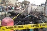 Kebakaran 15 menit, puluhan rumah hangus  di Taman Sari