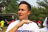 Legenda Chelsea bantah: pesepak bola tidak harus berpostur tinggi