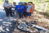 Daihatsu tabrakan dengan sepeda motor di Wonogiri, satu tewas