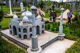Wahana taman miniatur dunia mini mania