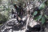 Satgas TMMD rintis jalan baru di Desa Ogoalas